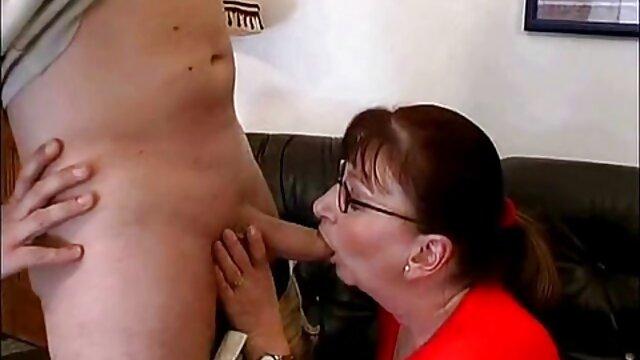 Outdoor-Analsex ältere hausfrauen nackt mit